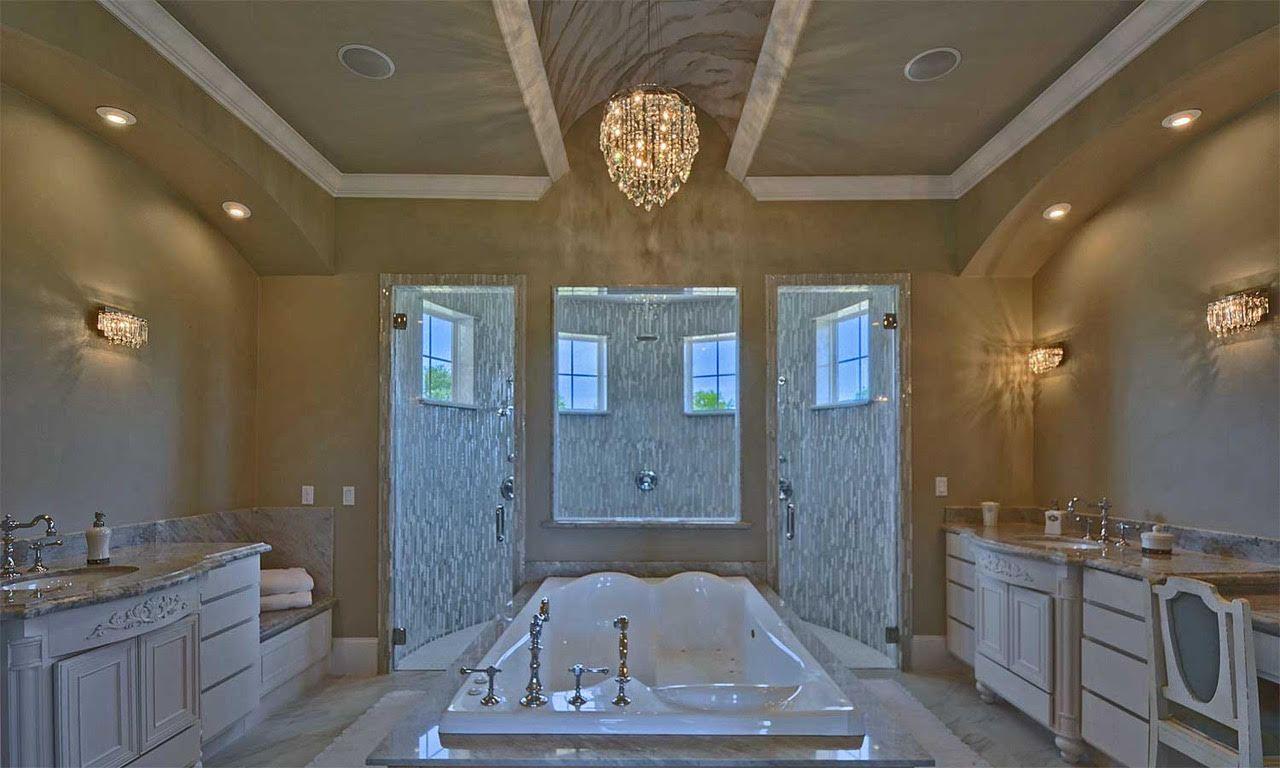 Master-Bath-w-Two-Person-Tub